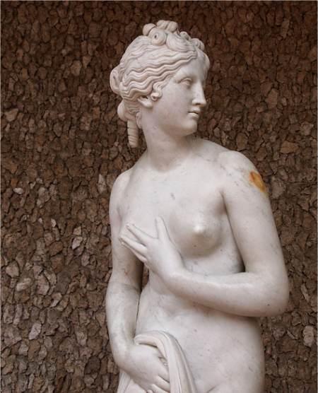 L'autre jour inspiré d'une divine flamme - Théophile de Viau Aphrodite